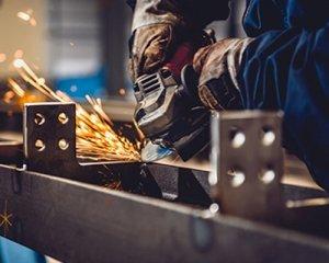 Oberflächenveredelungsdienste für Bleche 300x240 - Kundenspezifische Präzisions-Blechbearbeitungsdienste